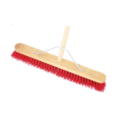 18in PVC Stiff Broom Complete